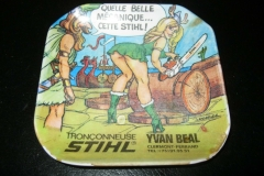 Vintage-FRENCH-STIHL-CHAINSAW-COLLECTIBLE-PIN-UP-SEXY-ASHTRAY